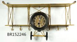 創造的な錬鉄の壁の装飾のアメリカの国様式の骨董品の航空機の形の柱時計