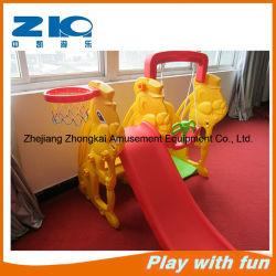 Terrain de jeux intérieur pour enfants en plastique de lapin Diapositive Diapositive en plastique de type et les jouets de pivotement