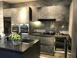 Het marmeren Ontwerp van de Keuken van het Meubilair van de Keukenkast van de Kleur Houten Glanzende Moderne