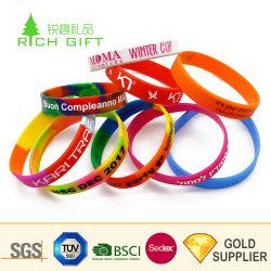 Comercio al por mayor China multifunción en blanco personalizados Pulsera USB de caucho de silicona para promoción