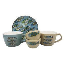 青い海洋の陶磁器のディナー・ウェアは魚パターンとセットした