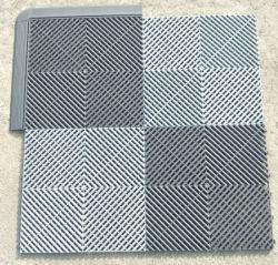 Mattonelle di collegamento industriali di plastica scaricate di Foor di alta qualità di drenaggio per il lavaggio dell'automobile/pp smontabili che collega il pavimento del garage