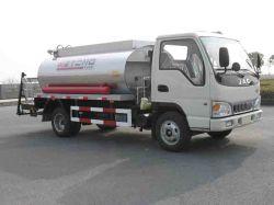Camion del distributore dell'asfalto di Rhd di 4 tonnellate