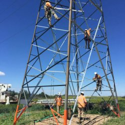 برج الطاقة ذات الزاوية الفولاذية المغزسة الساخنة ذات الزاوية الفولاذية ناقل الحركة برج