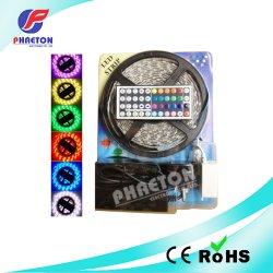 一定5050 RGB LEDのストリップはコントローラおよびドライバーと、防水する
