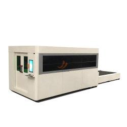 جهاز تقطيع ليزر من ألياف CNC مع معدات ليزر طراز 3015 مع إمكانية التشغيل التلقائي طاولة الاستبدال والغطاء المغلق