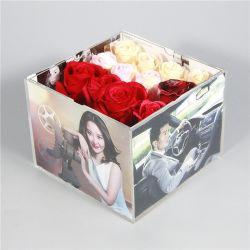 カスタム明確で小さい正方形の写真フレームのふたおよび16の穴が付いているアクリルの花のギフト用の箱