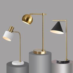 ホームデコレーション照明ローズゴールドソケットメタル大理石のデスクテーブル ランプはホテルオフィス用