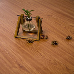 Barniz UV 0,1 mm 0,3 mm de la capa de desgaste de la mirada de madera resistente al agua de plástico de PVC piso vinílico piso de mosaico para decoración de interiores