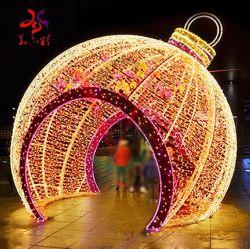 3D indicatore luminoso decorativo di motivo di cristallo della sfera di natale della fontana di natale LED
