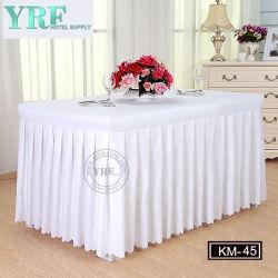 Bankett-Hotel-Silber-Organza-Tisch-Fußleisten-verschiedene Arten des Tisch-Umsäumens