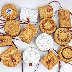 Handmade Mini Bolso para las señoras bolsos de mimbre redonda natural de la playa de verano