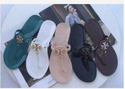 Calzado de verano en la playa zapatillas zapatillas sandalias de cuero para hombres Sandalia calzado ropa deportiva casual Moda Mujer ropa deportiva Calzado de dama moda zapatilla Home