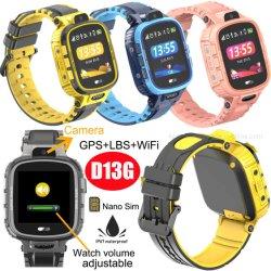Kleurrijke lange werktijden 2G IP67 waterdichte Micro USB Kids GPS Tracker Watch met Intercom chatten D13G