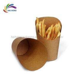 Quitarle la comida rápida utiliza patatas fritas de bolsa de papel marrón