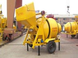 350L zelf Diesel van de Lading Concrete Mixer met Hydraulische Tippende Vultrechter