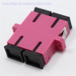 Sc/Upc 10g 이중 다중 상태 Om4 플라스틱 광섬유 접합기에 플랜지 마젠타색 색깔 Sc/Upc를 가진 짝지어주는 소매