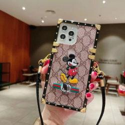 고급스러운 새 디자인 팬시 커버 iPhone용 도매 디자이너 케이스 삼성 휴대폰 악세사리 휴대폰 커버용 여성 휴대폰 커버 공장 가격이 있는 여성