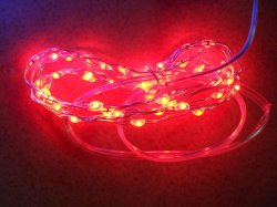 AAA Batteriesとの2m Red LED Copper String Light