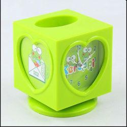 デジタル警報の時計夜ライト子供の子供の立方体机テーブル 時計
