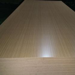OakまたはWalnut/赤いTeak Veneer Laminated MDF Teak Plywood Fancy Plywood