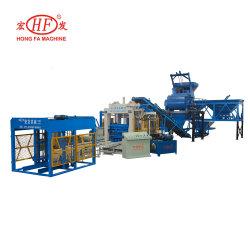 Les graviers de ciment machine à briques Presse hydraulique Machine de moulage par blocs creux