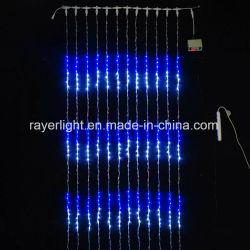 La cascata del LED illumina le decorazioni esterne per grande costruzione