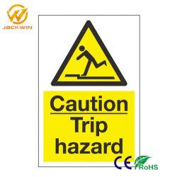 Segnali di pericolo di sicurezza stradale di traffico su ordinazione di rischio