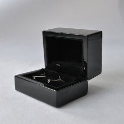 Пользовательские цвета глянцевой деревянные украшения кольцо Cufflink подарок системы хранения данных на дисплее упаковке