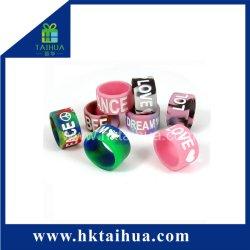 Kundenspezifischer Silikon-Daumen-Ring-Armband-Finger-Ring (TH-zh001)