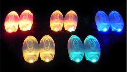 Los encajes de la zapata de luz LED se encienden zapato cordones