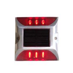안전 장치 튼튼한 눈에 보이는 파 알루미늄 LED 태양 도로 장식 못