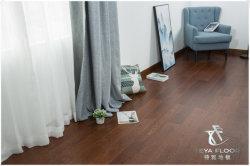 أرضية خشبية مصممة من خشب البلوط/ممشط خفيف/مبر الأشعة فوق البنفسجية/أرضية خشبية صلبة من خشب البلوط/
