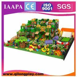 Il castello impertinente dei giochi molli del gioco scherza il campo da giuoco dell'interno delle strumentazioni del parco di divertimenti del giocattolo