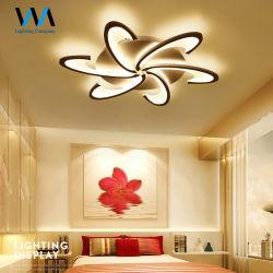 6つのヘッド花の形LEDランプの現代創造的なシャンデリアの天井