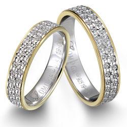 Deux anneaux de titane de pierres précieuses à la mode avec des accessoires bijoux