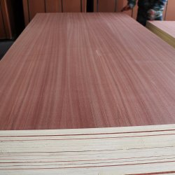Saleのための4.5mm Poplar Core Engineered Sapele Plywood