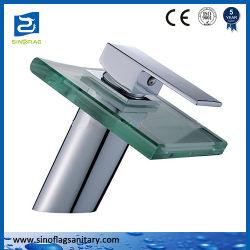 中国のガラス滝の洗面器の水道水のミキサー