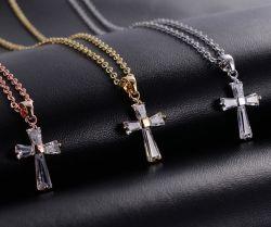 크리스마스 선물을%s 십자가를 가진 예수 수정같은 유형 유리 구슬