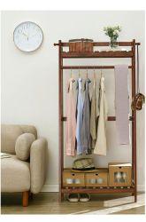Soporte colgador de ropa interior piso dormitorio moderno y sencillo para rack de capa de madera maciza de estante en el hogar