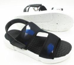 Nueva moda de verano de suela plana Sandalia de deportes de playa para los hombres
