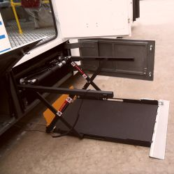 CE Schere Elektrische Rollstuhllifte für Busbeladung 350kg