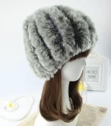 Flufgyおよび暖かいウサギの毛皮の帽子A9