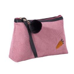Cute Carton pochette de toilette de carotte de velours côtelé Organisateur de sac de maquillage pour enfants cosmétiques avec Pompom