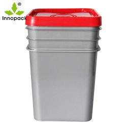 プラスチックハンドルが付いている頑丈なスタック可能正方形のプラスチックバケツ