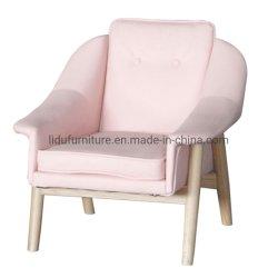Il sofà moderno del salone della mobilia domestica scherza il piccolo sofà del sofà