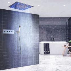 Il soffitto di funzione della stanza da bagno 3 ha montato l'acquazzone nebbioso di Setwith Heldhand del kit della testa di acquazzone dell'acquazzone della pioggia stabilita termostatica 20inch LED del rubinetto