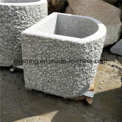 Natürliche antike Wannen-Stein-Bassin-Granit-Abflussrinne mit Bush-Gehammerter Oberfläche