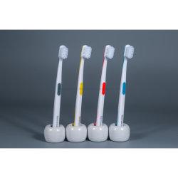 ISO FDA 承認の Fast Delivery カスタムロゴ歯ブラシ 2020