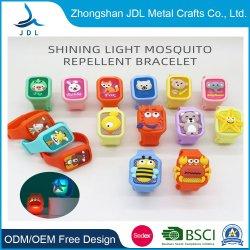 Impresión En PVC silicona Rey sobrenaturales de luz LED Pulsera Reloj de mano favorable precio Pulsera Anti repelente de mosquitos de regalo para el hogar